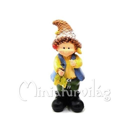 Kisfiú kukoricával figura