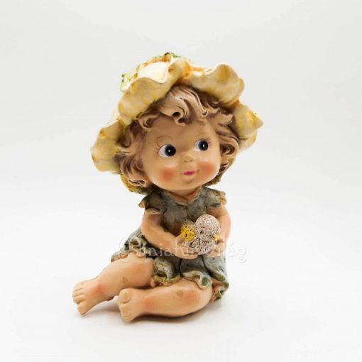 Kislány figura
